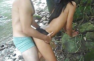 دختر و مادر یک دیک را برای دو عکس سکسی متحرک لز نفر به اشتراک می گذارند